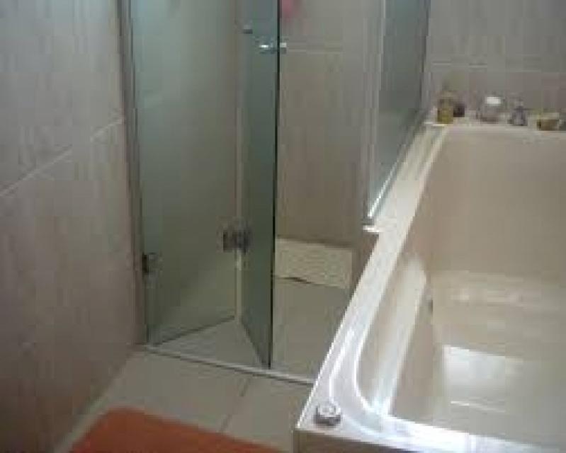 Box para Banheiro de Vidro Valores no Jardim Bonfiglioli - Preço de Box para Banheiro