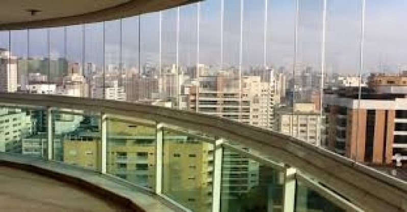 Envidraçamento de Sacada Vidro Temperado Preços na Vila Leopoldina - Envidraçamento de Sacada SP Zona Leste