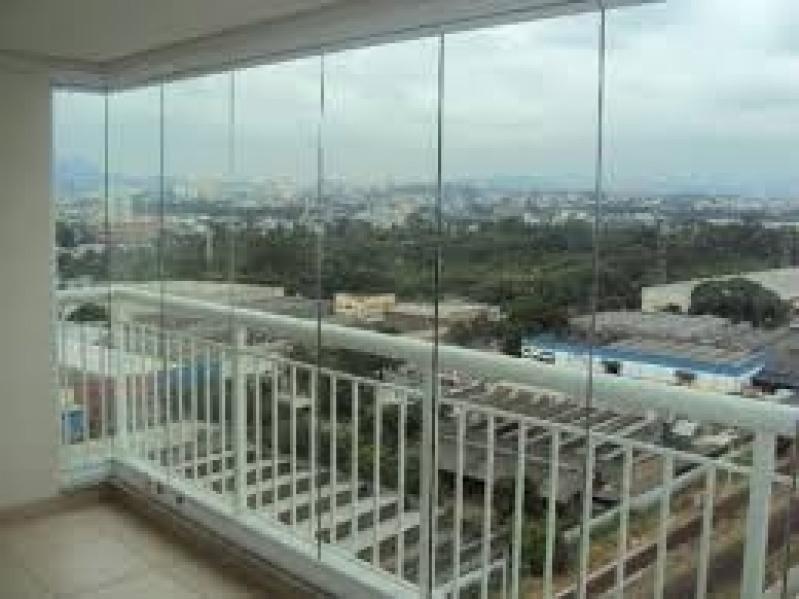 Envidraçamento de Sacada Vidro Temperado Preços no Morumbi - Envidraçamento de Sacadas SP Zona Norte