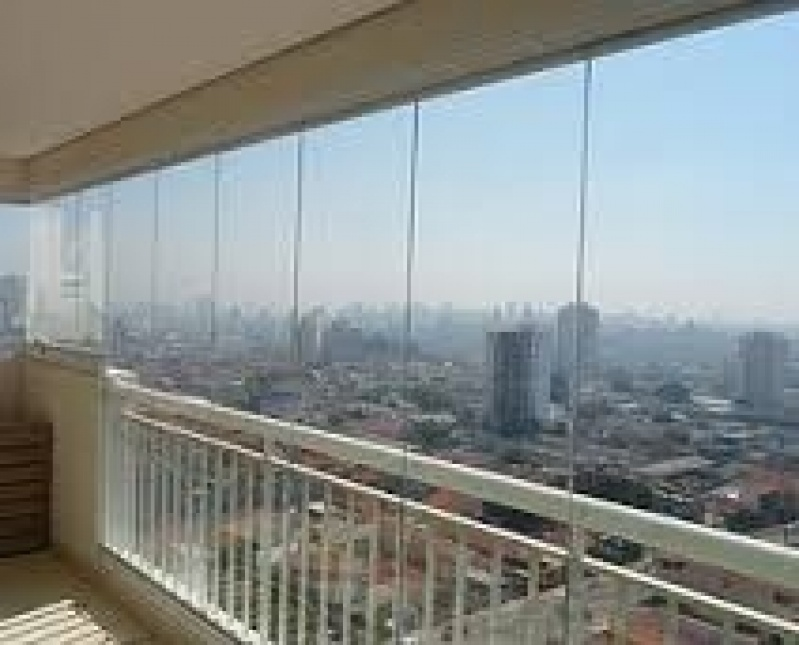 Fechamento de Sacada com Vidro na Cidade Tiradentes - Fechamento Sacada Vidro Preço