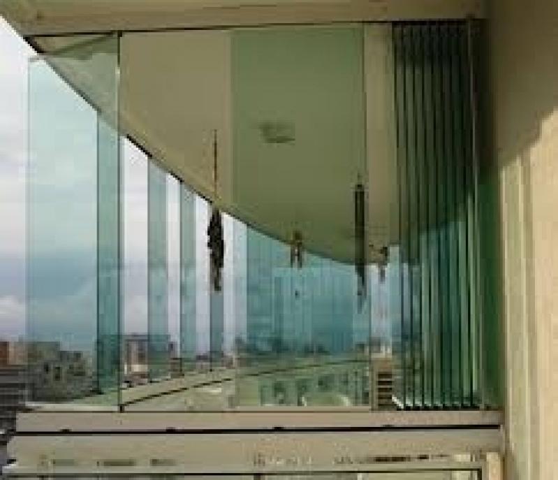 Fechamento de Sacadas com Vidro Preço no Jabaquara - Fechamento de Sacada SP