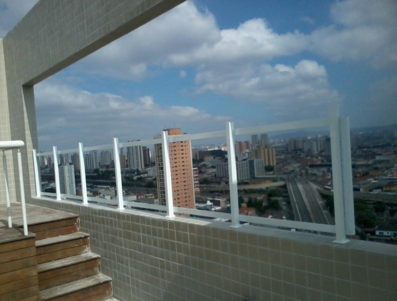 Fechamento de Sacadas com Vidros Preços na Vila Guilherme - Fechamento Sacada Vidro