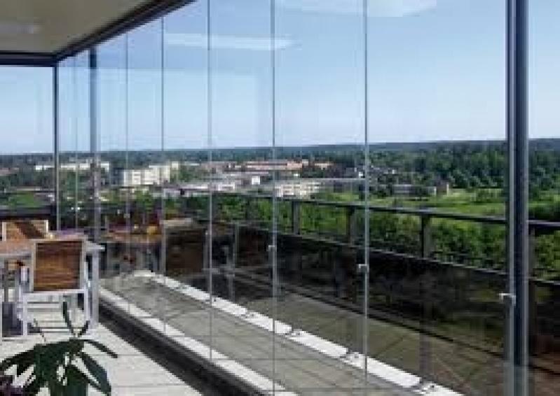 Fechamento de Sacadas em Vidro Preços no Brás - Fechamento de Sacada em Vidro