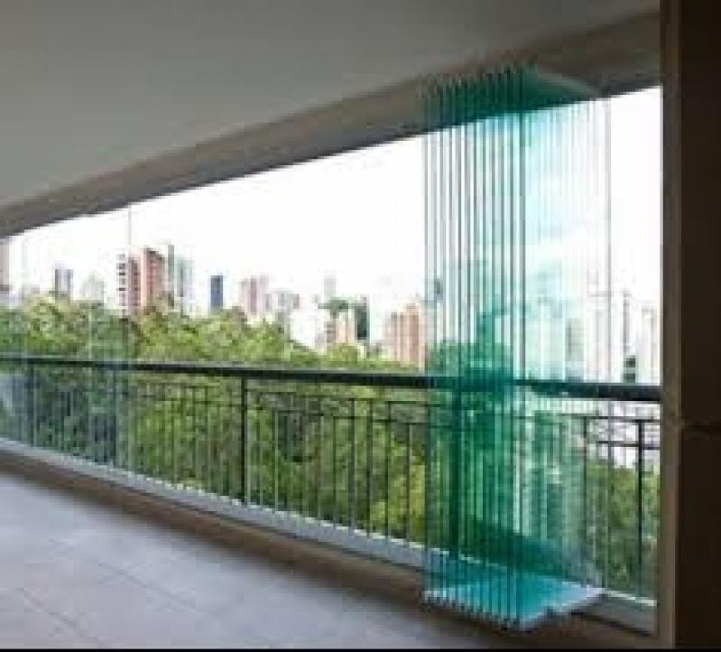Fechamento Sacada com Vidro Preço no Campo Grande - Fechamento de Sacadas com Vidro Preço