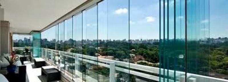 Fechamento Sacadas Vidro Preços em Guianazes - Fechamento de Sacada SP