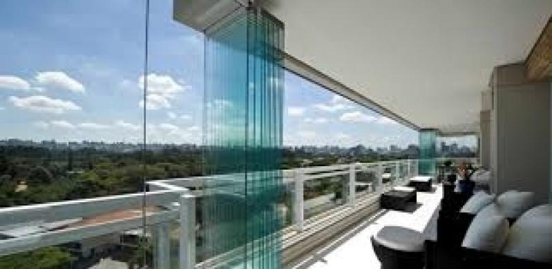 Fechamentos de Sacadas com Vidro Valores em Santo Amaro - Fechamentos de Sacadas com Vidro