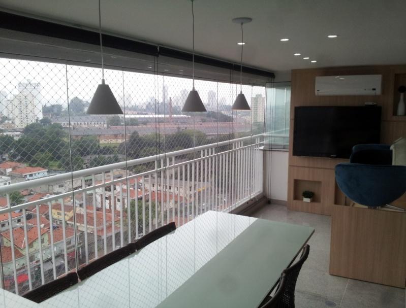 Fechamentos de Sacadas com Vidro Valores na República - Fechamento de Sacadas em São Bernardo