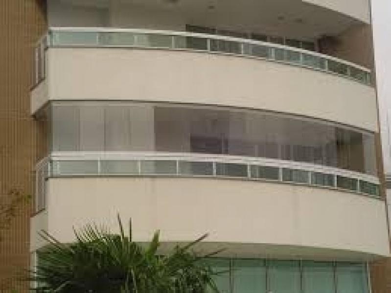 Sacada de Vidro na Casa Verde - Sacada de Vidros