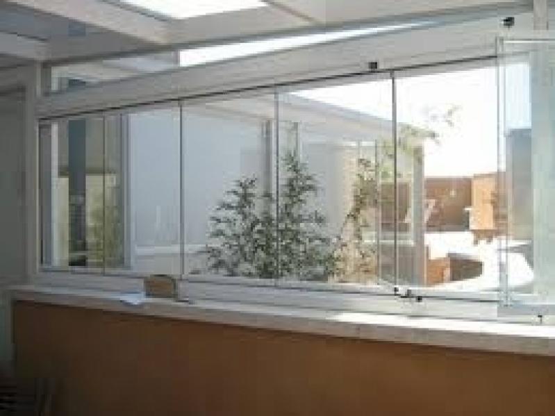 Sacada de Vidros no Itaim Bibi - Sacada em Vidro