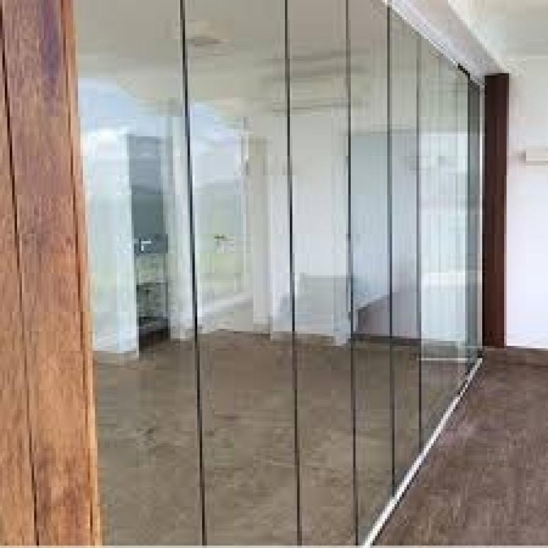 Sacada de Vidros no Jabaquara - Sacadas de Vidro