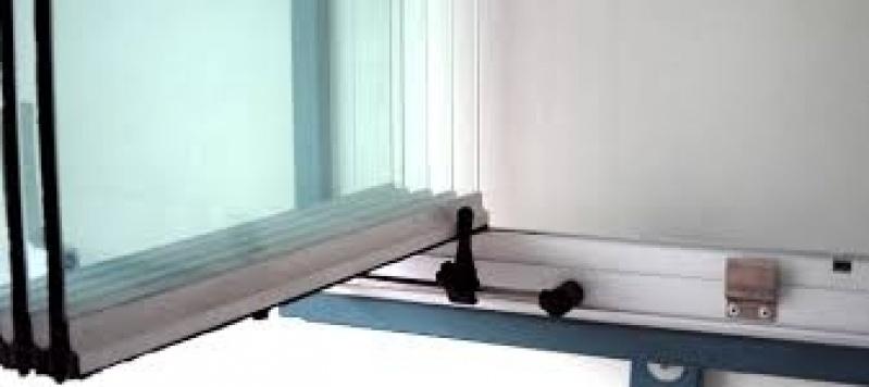 Sacada Glass Valor na Água Branca - Sacadas de Vidro