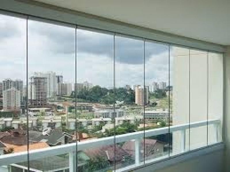 Sacada Glass Valor na Freguesia do Ó - Vidros Sacadas