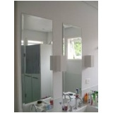 Espelho de parede em Sumaré