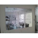 Espelhos decorativos na Vila Medeiros