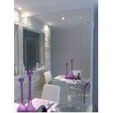 Vidros e espelhos na Vila Leopoldina